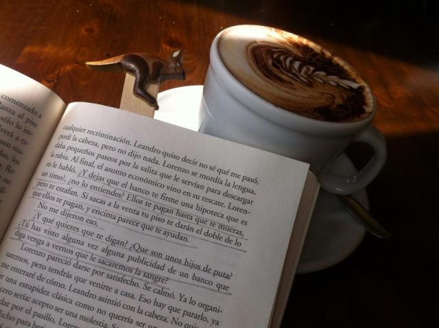Libro + café